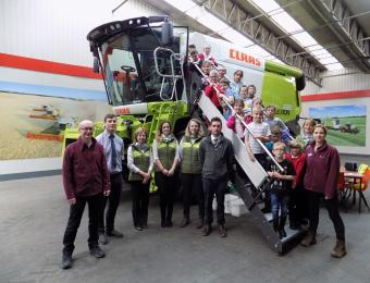 Farm visit in a CLAAS of its own!